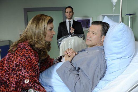 Natascha (Franziska Matthus, l.) ist nicht bereit, sich von David (Lee Rychte...