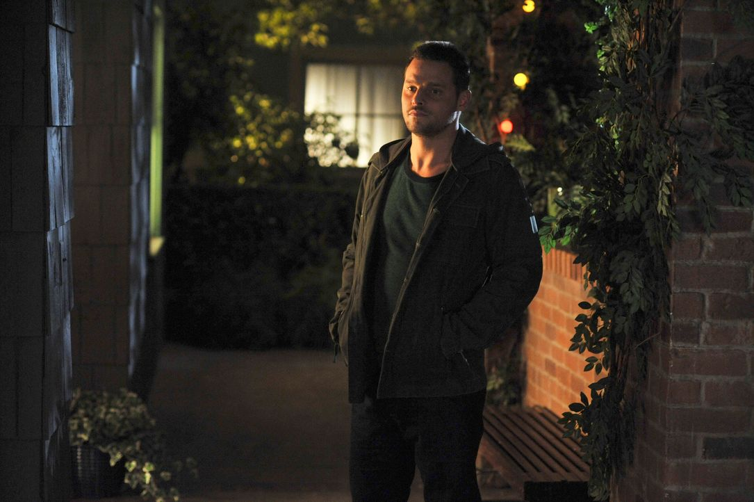 Derek versucht Cristina zu manipulieren, damit diese Meredith überredet, Alex (Justin Chambers) und Izzie aus dem Haus zu werfen ... - Bildquelle: Touchstone Television