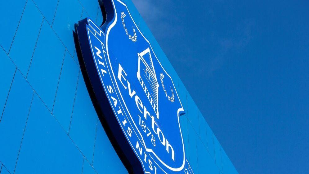 Der FC Everton wurde für Transfervergehen bestraft - Bildquelle: PIXATHLONPIXATHLONSID