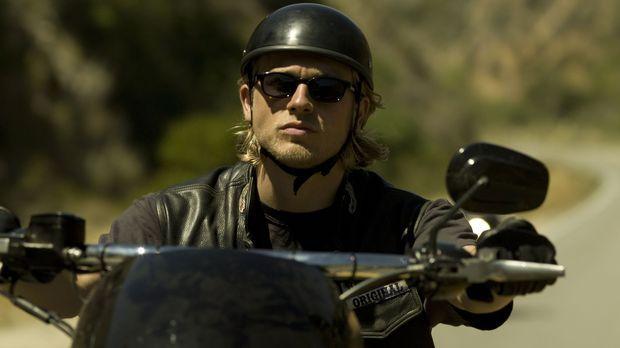 (1. Staffel) - Jax (Charlie Hunnam) ist Vizepräsident der