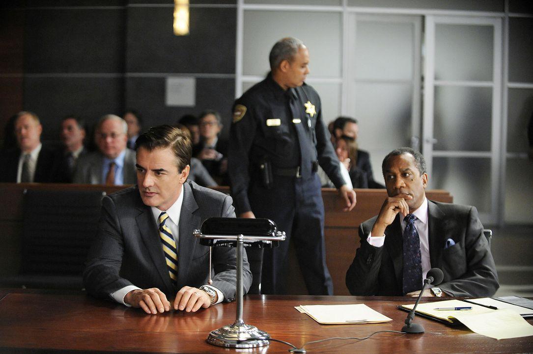 Peter (Chris Noth, l.) schlägt Childs' Angebot, gegen Verzicht auf seine Karriere sofort freizukommen, aus ... - Bildquelle: CBS Studios Inc. All Rights Reserved.
