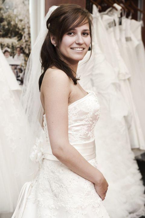 Erlebt eine ganz besondere Hochzeit: Janine ... - Bildquelle: Claudius Pflug SAT.1