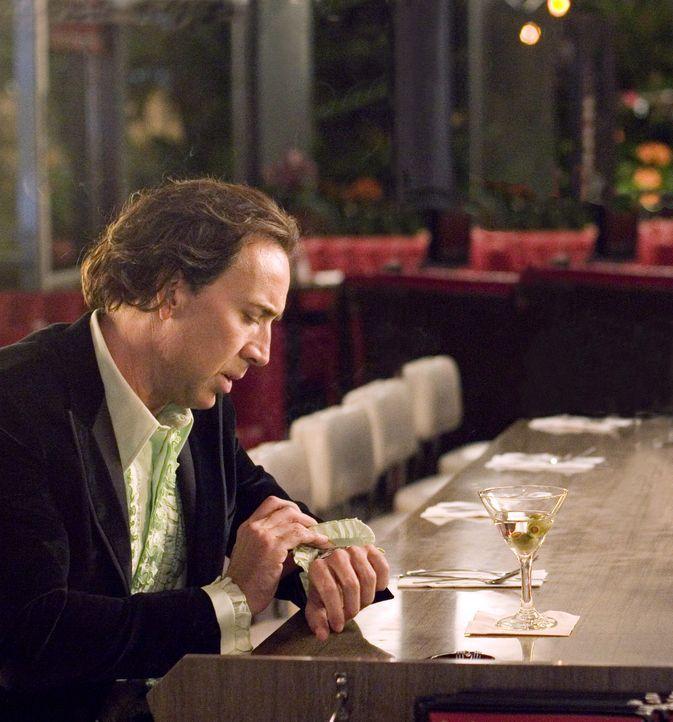 Cris Johnson (Nicolas Cage) hat einen besonderen sechsten Sinn: Er kann in die Zukunft blicken. Allerdings nur einige Minuten. Diese außergewöhnli... - Bildquelle: t   2007 Paramount pictures. All Rights Reserved.