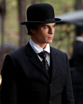 Vampire Diaries - Erinnert sich an das Jahr 1912 zurück: Damon (Ian Somerhald...