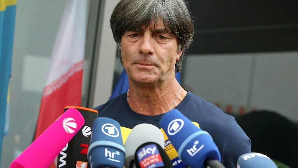 Löw legt seine WM-Analyse im August in München vor - Bildquelle: AFPSIDDANIEL ROLAND