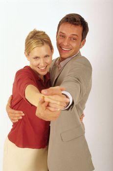 Lotto-Liebe - Marie (Gruschenka Stevens, l.) und Tom (Ole Puppe, r.) - Bildqu...