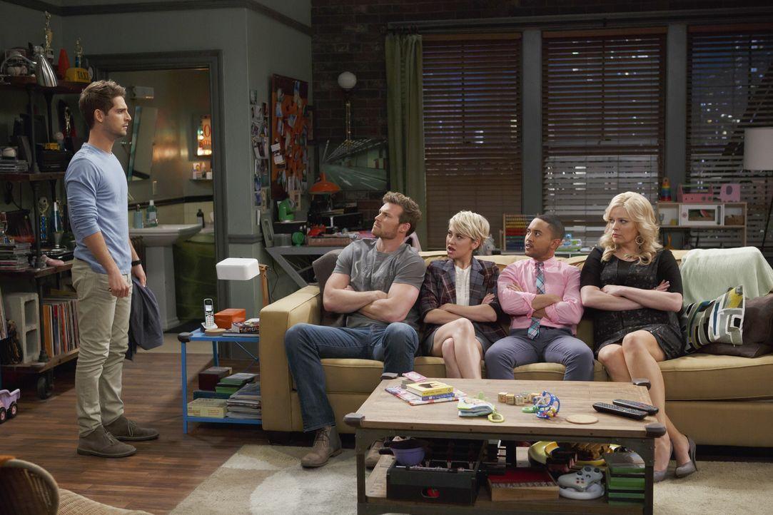 Bonnie, Danny, Riley und Tucker sind sauer auf Ben, weil der ständig die kle... - Bildquelle: Bruce Birmelin ABC Family