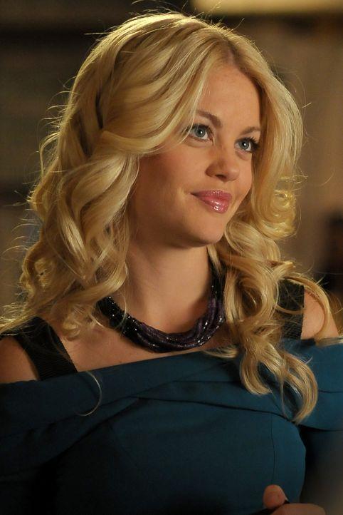 Brandeis (Bree Williamson) nutzt Blair nur aus, um an neue Kunden heranzukommen. - Bildquelle: Warner Bros. Television