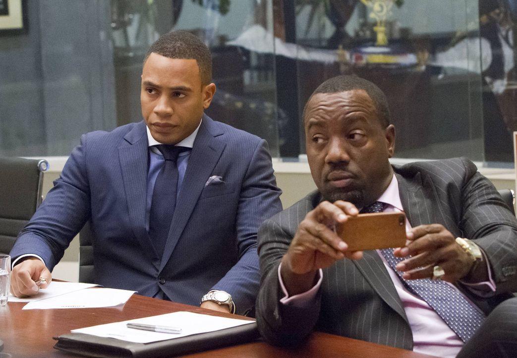 Wie wird sich Empire Records verändern, jetzt da Cookie wieder da ist? Andre (Trai Byers, l.) und Vernon (Malik Yoba, r.) verfolgen das erste Meetin... - Bildquelle: 2015 Fox and its related entities.  All rights reserved.