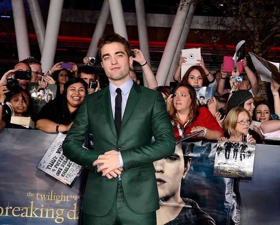 Robert Pattinson - Bildquelle: EPA/PAUL BUCK +++(c) dpa - Bildfunk+++ Verwendung nur in Deutschland