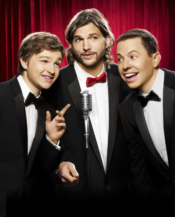 (9. Staffel) - Zwei Männer und eine halbe Portion: Walden Schmidt (Ashton Kutcher, M.), Alan (Jon Cryer, r.) und Jake Harper (August T. Jones, l.) .... - Bildquelle: Warner Brothers Entertainment Inc.