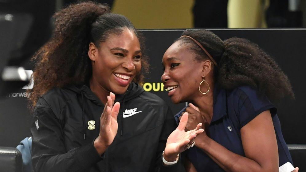 Serena Williams (l.) veröffentlicht erste Kollektion - Bildquelle: AFPSIDTIMOTHY A. CLARY