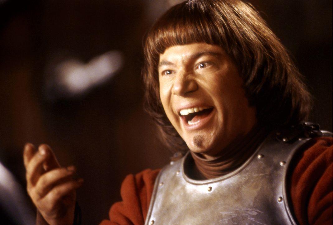 """Ritter Balduin (Michael """"Bully"""" Herbig) liebt das Kartenspiel ? nur hält er sich nicht allzu gern an die Regeln ? - Bildquelle: Constantin Film"""