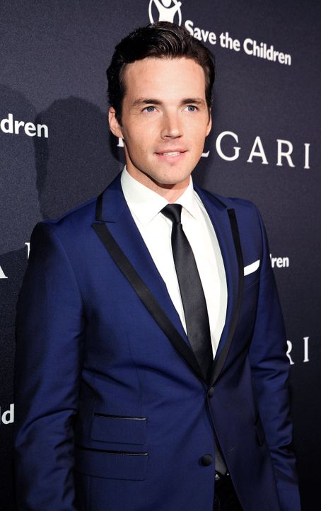BVLGARI-Pre-Oscar-Party-Ian-Harding-15-02-17-getty-AFP - Bildquelle: getty-AFP