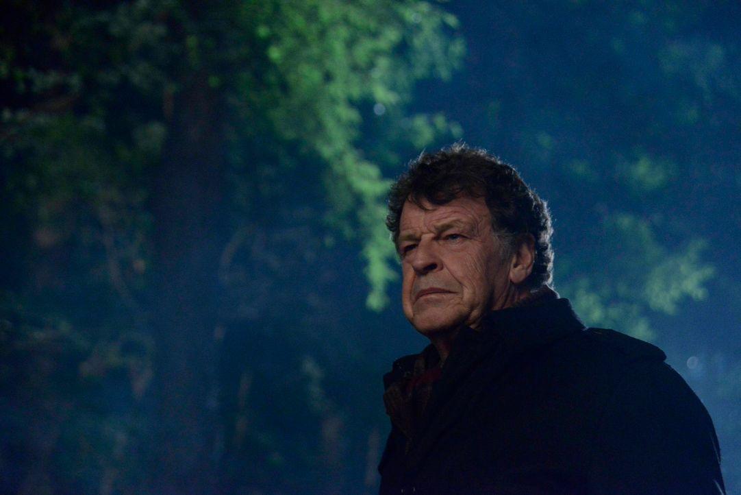 Wird Henry (John Noble) seinem Vater wirklich helfen oder hilft Ichabod eigentlich ihm? - Bildquelle: 2014 Fox and its related entities. All rights reserved.