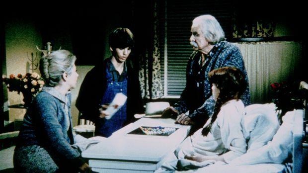 Zur Freude von Sam (Will Geer, r.) und Olivia (Michael Learned, l.) hat sich...