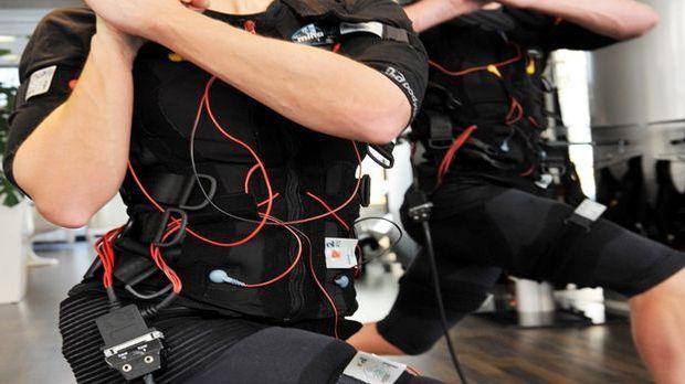 EMS Training abnehmen dpa