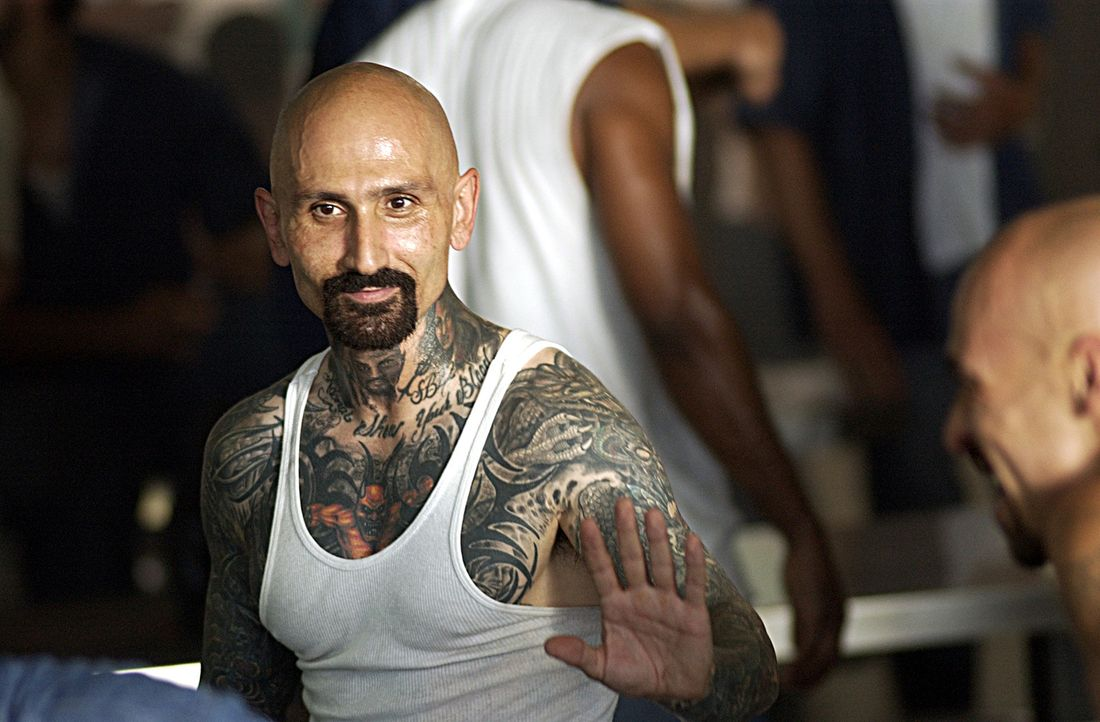 Rivera (Robert LaSardo) plant mit seinen Gangkollegen einen Aufstand im Gefängnis. Doch dann läuft nichts mehr nach Plan und die Gang verliert den Ü... - Bildquelle: 2007 Sony Pictures Home Entertainment Inc. All Rights Reserved.