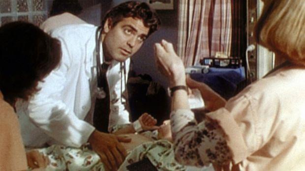 Dr. Ross (George Clooney, M.) muss schnell handeln, denn die kleine Janette b...