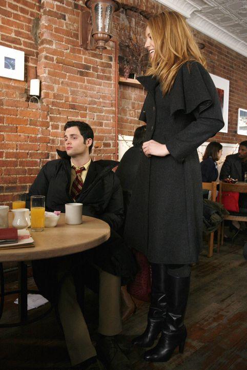 Durch ein Gerücht, das Blair aus Rache an Miss Carr in die Welt gesetzt hat, wird ihre Beziehung auf eine harte Probe gestellt: Dan (Penn Badgley, l... - Bildquelle: Warner Brothers