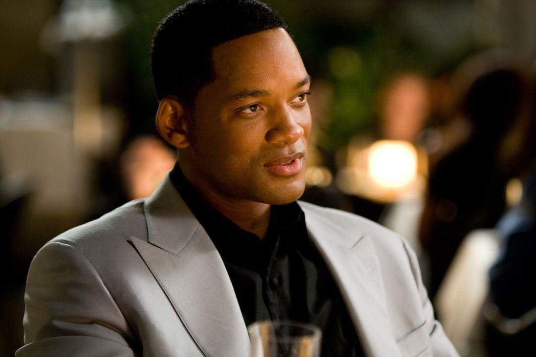 Fast zu spät erfährt Hancock (Will Smith) alles über seine Vergangenheit - und kann daraufhin seinen Frieden mit seinem Superheldendasein machen ...... - Bildquelle: Sony Pictures