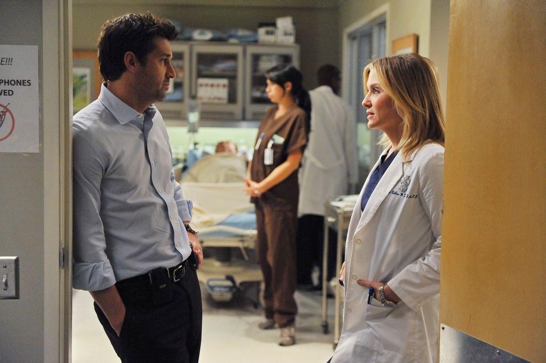 Während sich Derek (Patrick Dempsey, l.) in seiner Funktion als Chef der Chirurgie mit der Presse auseinandersetzten muss, hat Lexie (Chyler Leigh,... - Bildquelle: Touchstone Television