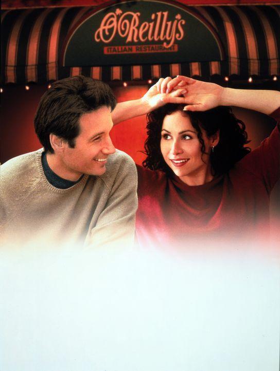Vom Schicksal zusammengeführt: Bob Rueland (David Duchovny, l.) und Grace Briggs (Minnie Driver, r.) - Bildquelle: Metro-Goldwyn-Mayer