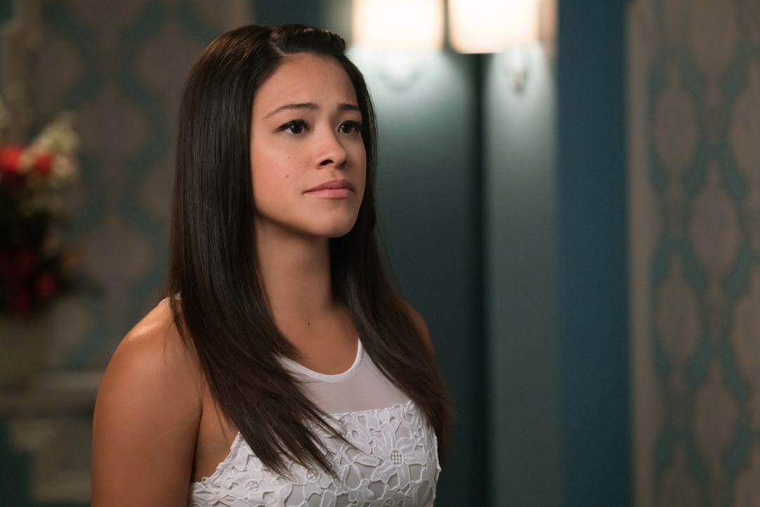 Ihre Junggesellinnenparty steht an - doch diese verläuft anders als geplant: Jane (Gina Rodriguez) ... - Bildquelle: Michael Desmond 2016 The CW Network, LLC. All rights reserved.