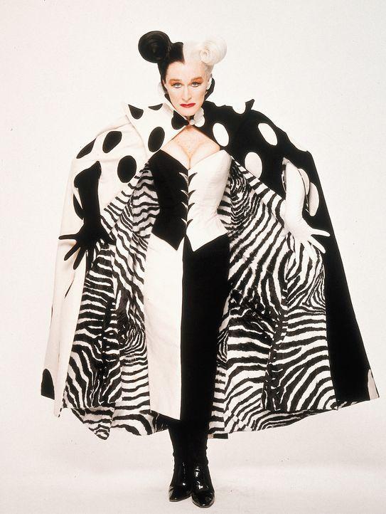 Drei Jahre konnten sich Londons Dalmatiner von dem Schrecken erholen. Doch jetzt ist Cruella de Vil (Glenn Close) wieder auf freiem Fuß ... - Bildquelle: Walt Disney Pictures