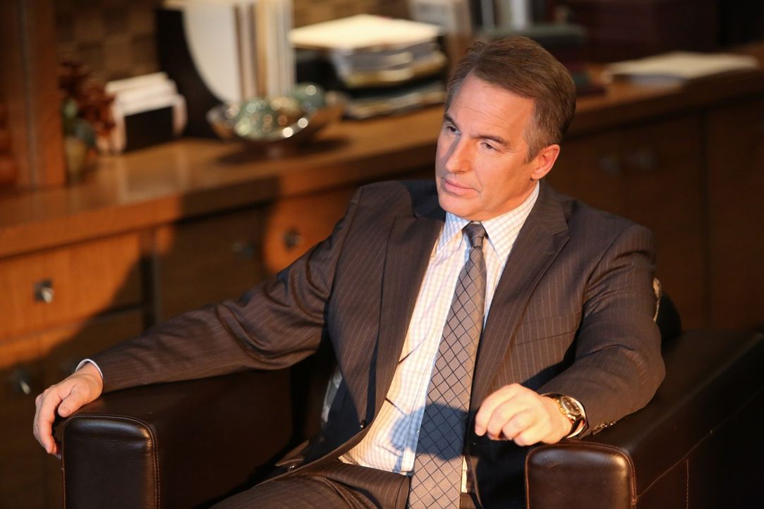 Wird immer misstrauischer gegenüber Nick, weil er befürchtet, dass dieser mit Sarahs Verschwinden zu tun hat: Sheldon (Brian Benben) ... - Bildquelle: ABC Studios