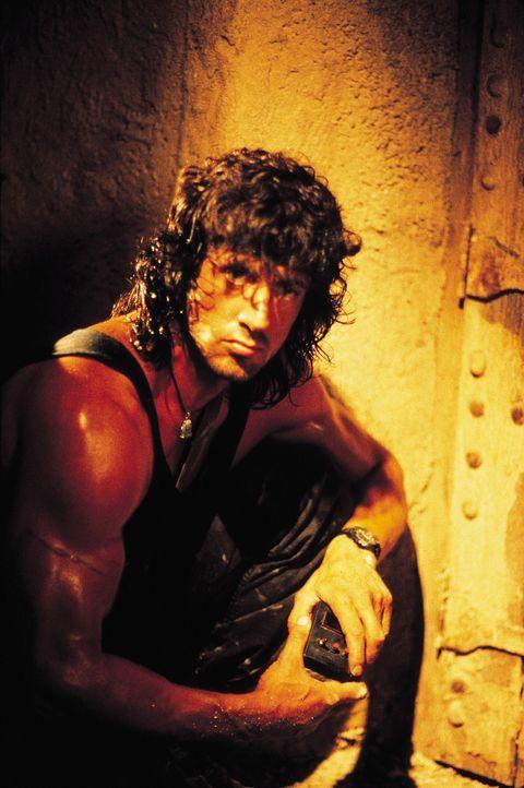 In einem thailändischen Kloster hofft Rambo (Sylvester Stallone) seinen inneren Frieden zu finden. Doch als er erfährt, dass Colonel Trautman als Mi... - Bildquelle: 1988 STUDIOCANAL. All Rights Reserved.