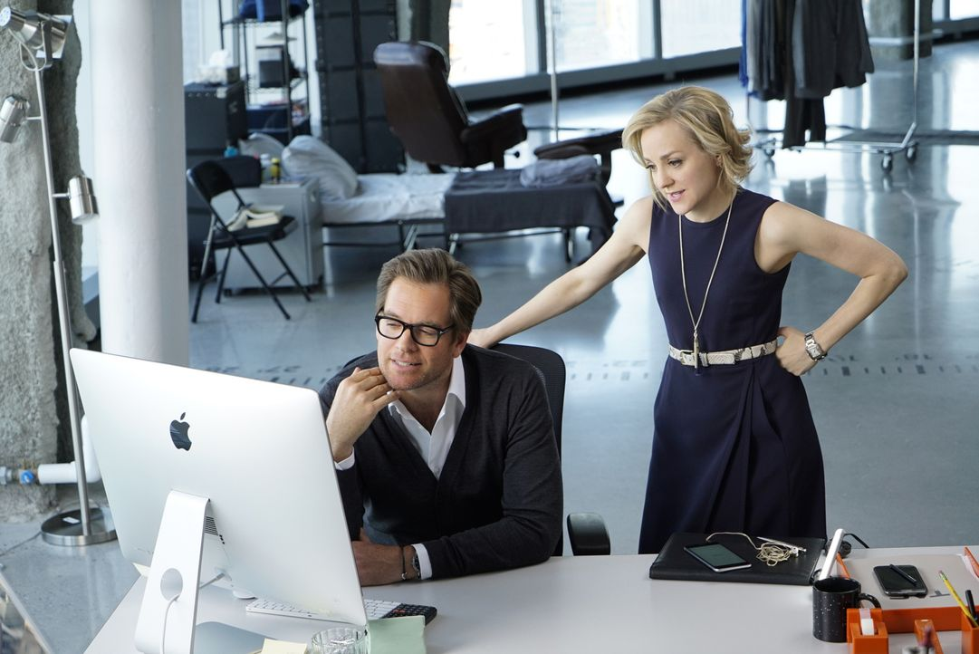 Wenn nicht Brandon den Mord begangen hat, wer könnte es dann getan haben? Bull (Michael Weatherly, l.) und Marissa (Geneva Carr, r.) kommen der Antw... - Bildquelle: David M. Russell 2016 CBS Broadcasting, Inc. All Rights Reserved.