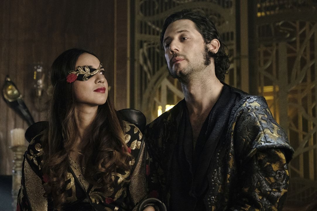 Margo (Summer Bishil, l.); Eliot (Hale Appleman, r.) - Bildquelle: Eric Milner 2018 Syfy Media Productions LLC. ALL RIGHTS RESERVED./Eric Milner