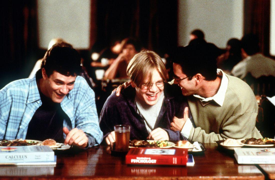 Bis jetzt haben alle näheren Mitschüler eines Selbstmörders an ihrer Uni das Semester bestanden, auch wenn sie schlechte Zensuren hatten. Da müs... - Bildquelle: Paramount Pictures