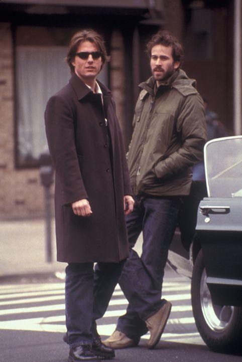 Der narzisstische Lebemann David Aames (Tom Cruise, l.) kann und will nichts ernst nehmen. Auch die Freundschaft zu seinem einzigen Kumpel Brian (Ja... - Bildquelle: Neal Preston Paramount Pictures