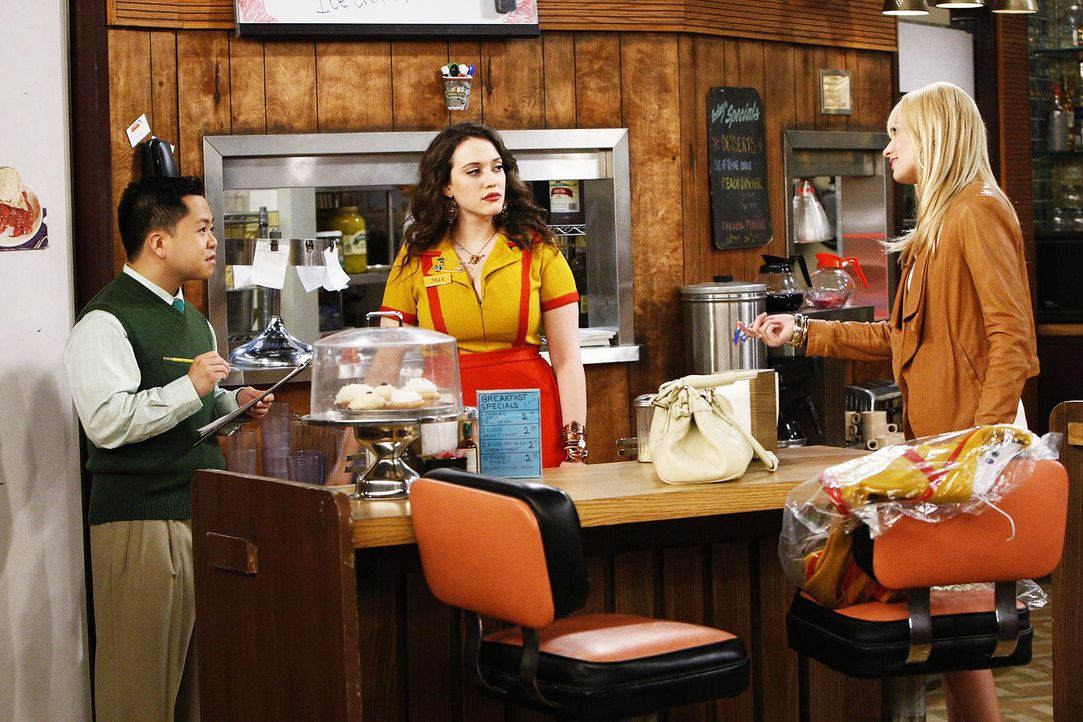 2-broke-girls-stf01-epi02-private-grenzen-04-warner-brothersjpg 1536 x 1024 - Bildquelle: Warner Brothers