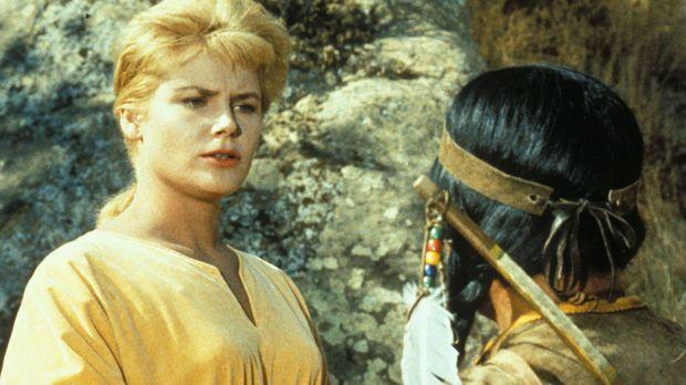 Die Sheeshawnee-Indianer halten Ruth (Anna-Lisa, l.) für den Geist einer zaub...