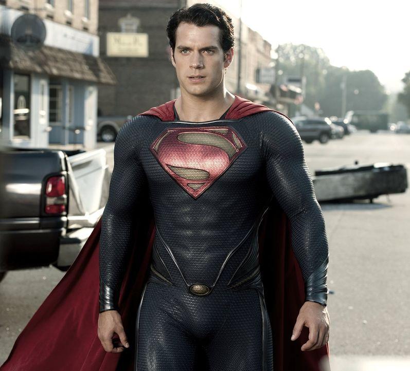 Der ultimative Showdown nimmt seinen Lauf: Superman (Henry Cavill) und Bösewicht General Zod stehen sich im letzten Kampf von Angesicht zu Angesicht... - Bildquelle: 2013 Warner Brothers