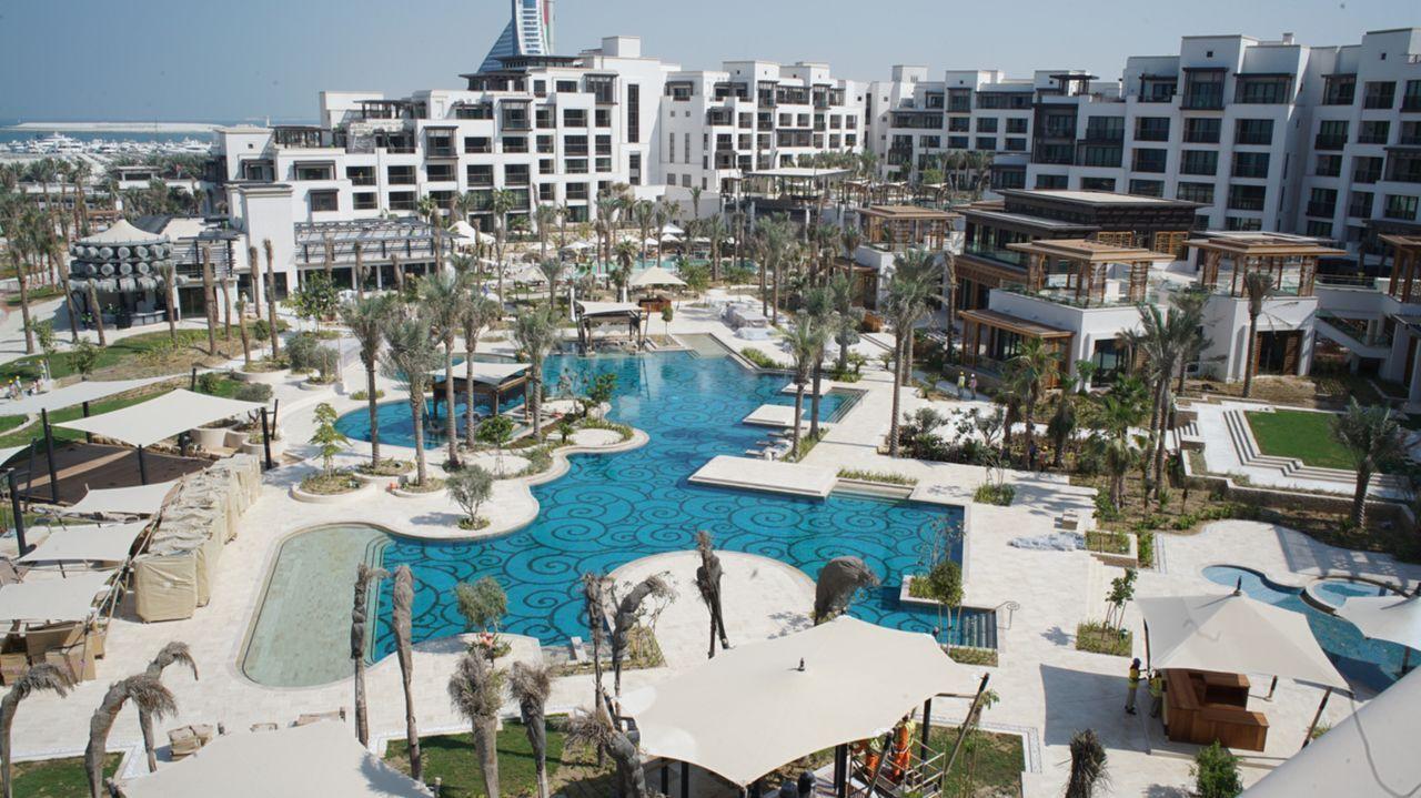 """In Dubai entsteht ein neues Mega-Hotel: Das Jumeirah Hotel """"Al Naseem"""" soll 450 Zimmer auf 5 Sterne Niveau bieten. - Bildquelle: SAT.1"""