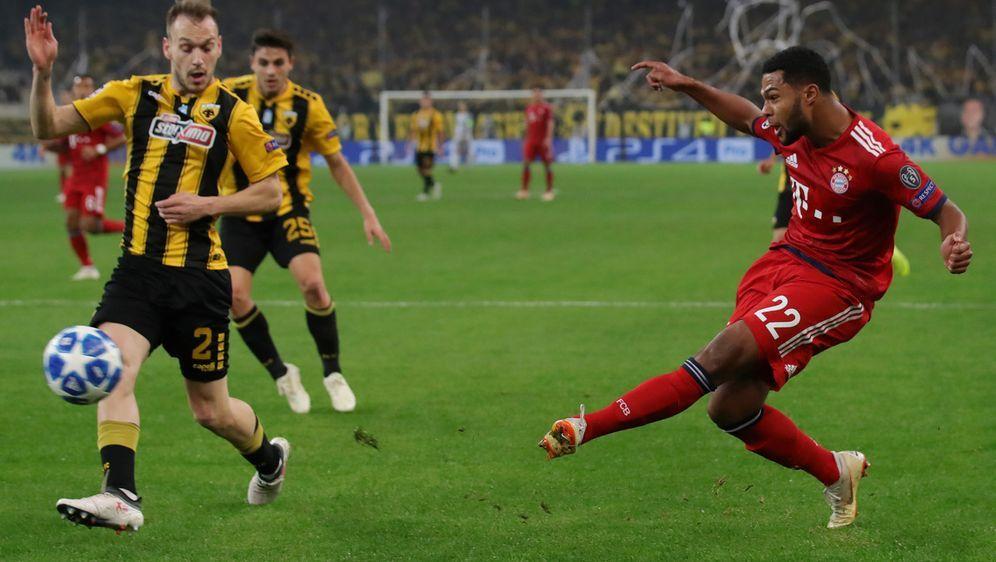 In der CL Tabelle der Gruppe E liegt der FC Bayern vor der Partie mit sieben... - Bildquelle: Getty