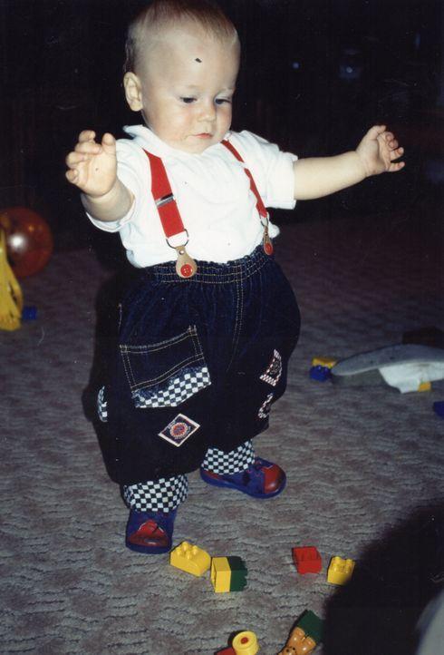 Dennis als Baby