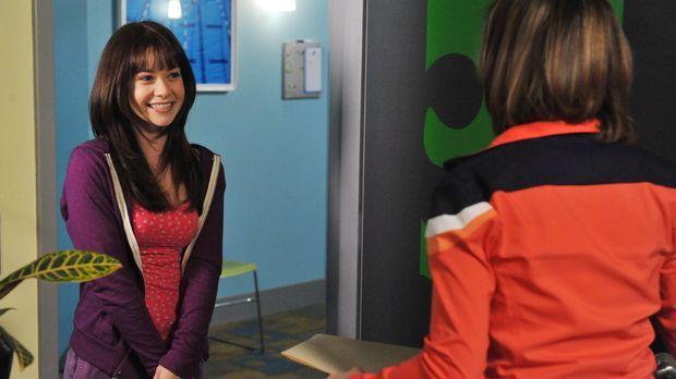 Kann Kelly Parker (Nicole Gale Anderson, r.) Wendy Capshaw (Amanda Leighton,...