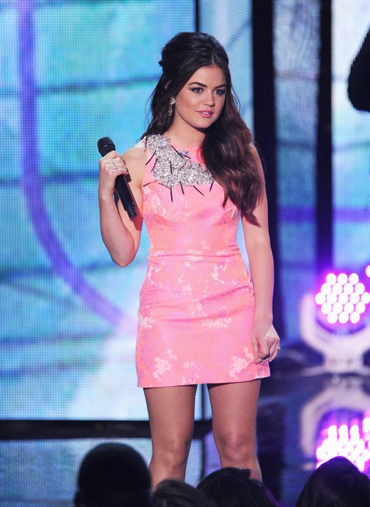 Teen-Choice-Awards-Lucy-Hale-13-08-11-getty-AFP.jpg 1314 x 1800 - Bildquelle: getty-AFP