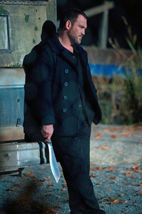 Eigentlich will Benny (Ty Olsson) ein friedliches Leben führen, doch auch er kann nicht jeder Provokation widerstehen ... - Bildquelle: Warner Bros. Television