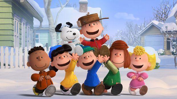Charlie Brown (oben rechts), Snoopy (oben links) und die Peanuts Bande genieß...