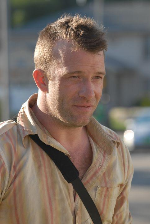Clay Bicks (Thomas Jane) hat sich damit abgefunden, die Welt der Lebenden verlassen zu müssen, doch er beschließt, in Allisons Haus zu ziehen, um ih... - Bildquelle: Paramount Network Television