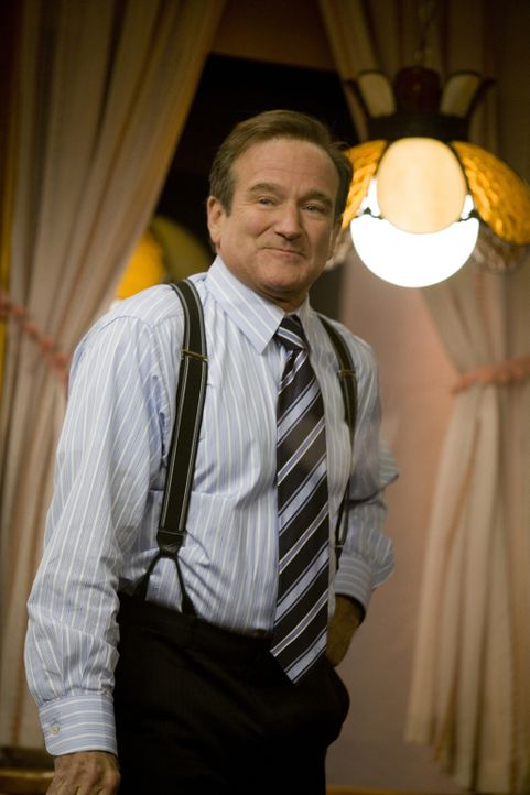 """Tom Dobbs (Robin Williams) ist bekannter Moderator einer """"satirischen Polit-Talkshow"""". Dort zieht er mal liebevoll, mal bissig die Washingtoner Poli... - Bildquelle: Morgan Creek International"""