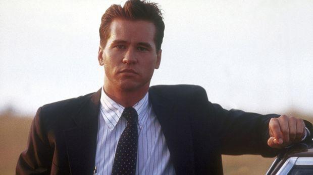 FBI-Agent Raymond Levoi (Val Kilmer) - selbst zu einem Viertel indianischer A...