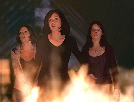 """Charmed - Zauberhafte Hexen - Nach einem Zauberspruch aus dem """"Buch der..."""