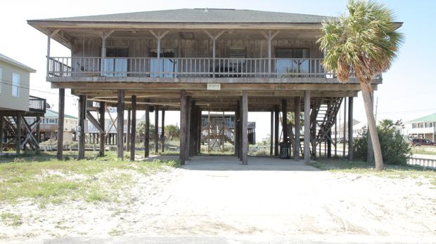 Ein Stückchen Paradies am Strand für 215.000 Dollar? Alisha und Daniel träume...